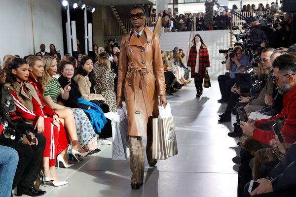 Неделя моды в Нью-Йорке - Sputnik Беларусь