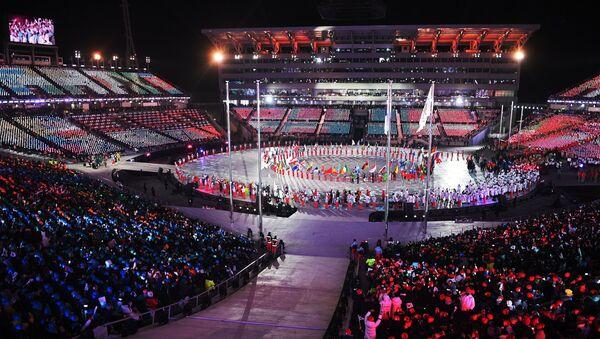 Парад атлетов на церемонии закрытия XXIII зимних Олимпийских игр в Пхенчхане - Sputnik Беларусь
