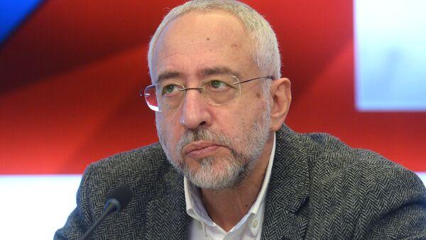 Председатель комиссии Общественной палаты РФ по межнациональным отношениям Николай Сванидзе - Sputnik Беларусь