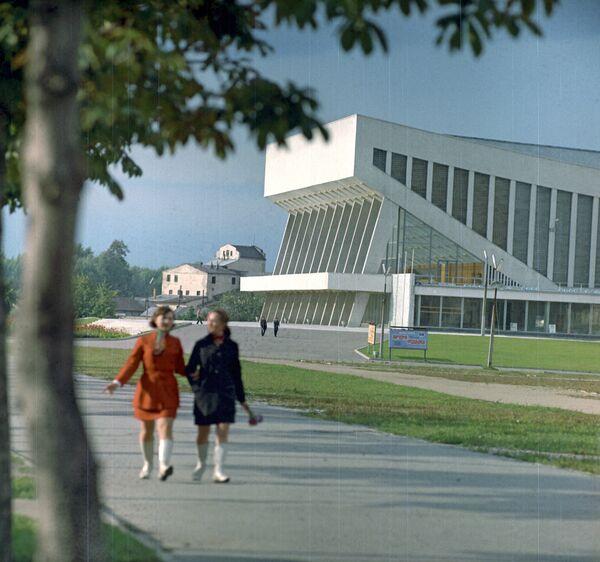 Дворец спорта в историческом районе Замчище в центре Минска, 1971 год. - Sputnik Беларусь