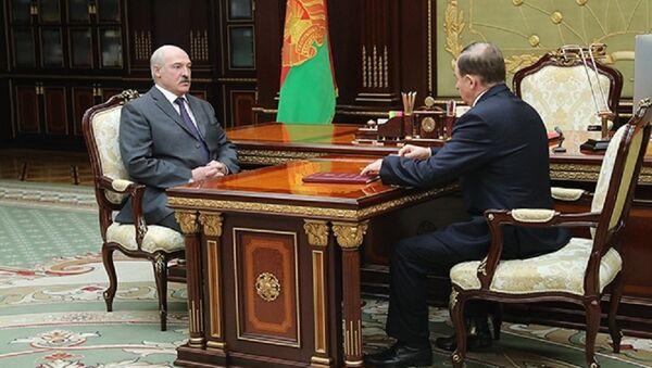 Виктор Шейман на докладе у Александра Лукашенко - Sputnik Беларусь