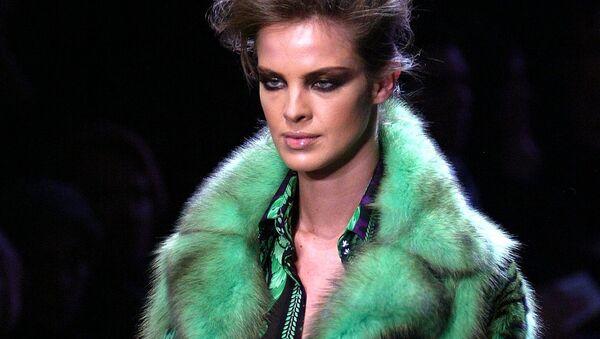 Показ коллекции модного дома Versace - Sputnik Беларусь