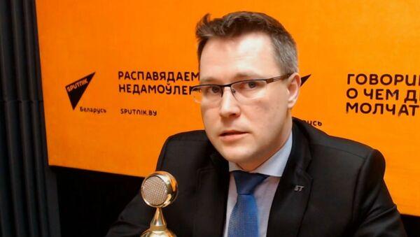 Политический обозреватель Агентства телевизионных новостей Белтелерадиокомпании Андрей Кривошеев - Sputnik Беларусь