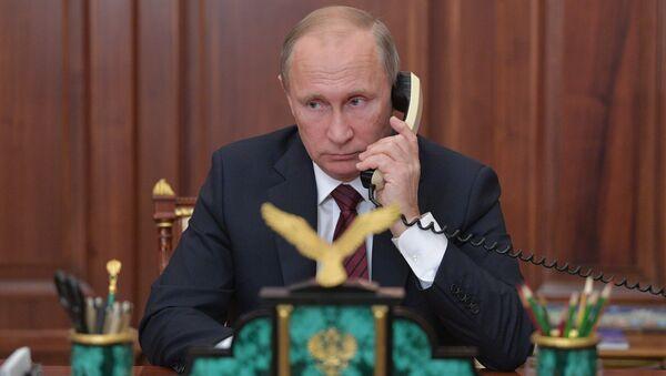 Президент РФ В. Путин провел телефонный разговор с главами ДНР А. Захарченко и ЛНР И. Плотницким - Sputnik Беларусь