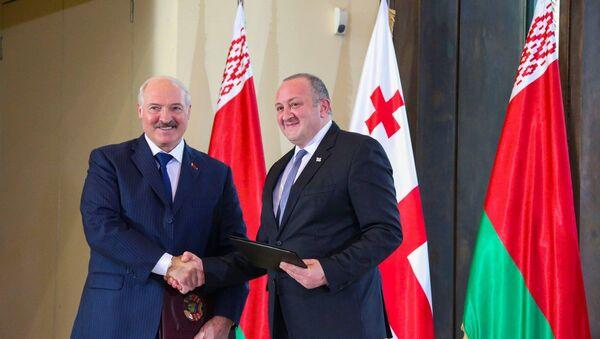 Президенты Беларуси и Грузии, Александр Лукашенко и Георгий Маргвелашвили - Sputnik Беларусь