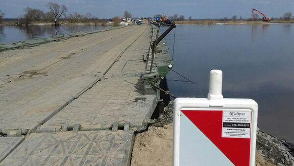 Понтонный мост в Житковичском районе - Sputnik Беларусь