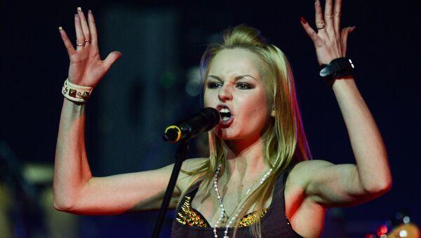 Певица Алиса Вокс выступает на концерте группы Ленинград - Sputnik Беларусь