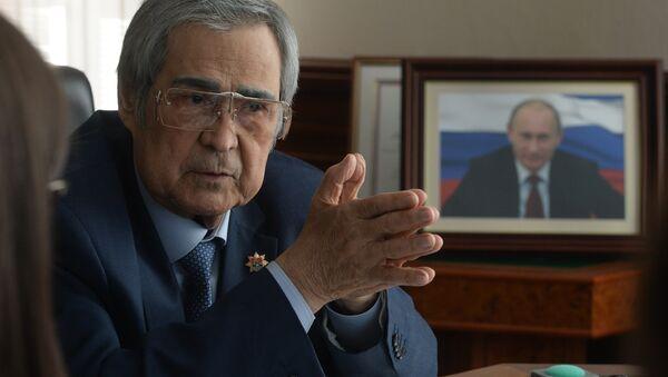 Бывший губернатор Кемеровской области Аман Тулеев - Sputnik Беларусь