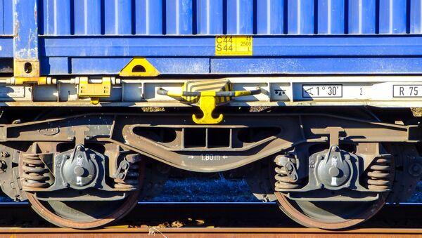 Вагон грузового поезда на железной дороге, архивное фото - Sputnik Беларусь
