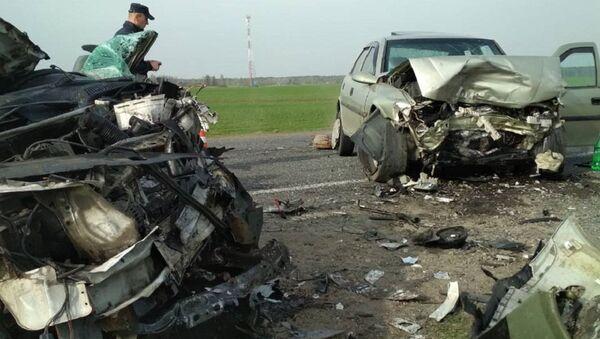 Смертельная авария в Калинковичском районе - Sputnik Беларусь