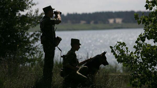 Пограничники на границе - Sputnik Беларусь