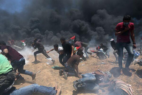 Израильские военные ведут огонь на поражение по наиболее агрессивным участникам протестов в секторе Газа - Sputnik Беларусь