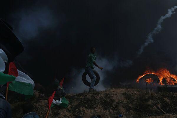 Палестинские демонстранты - Sputnik Беларусь