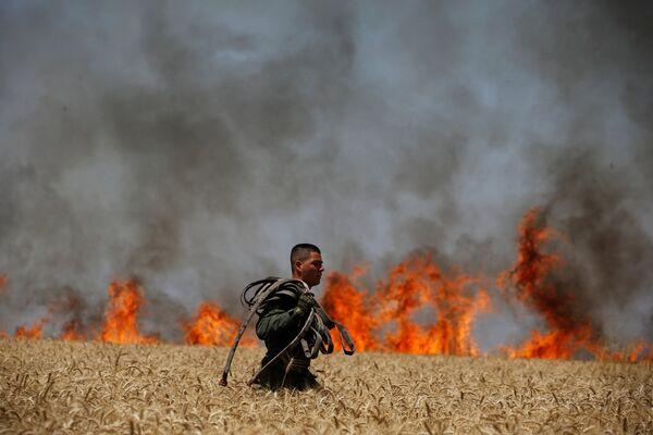 Израильская армия стянула к сектору Газа две дополнительные пехотные бригады - Sputnik Беларусь