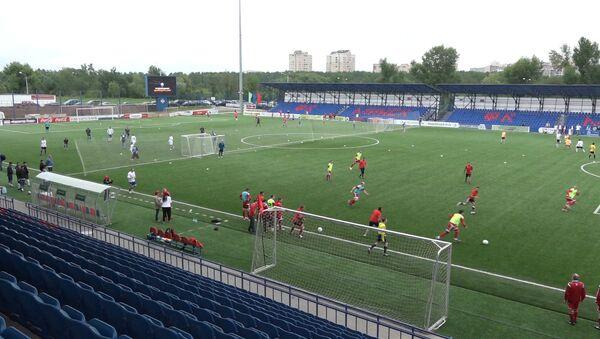 Международный турнир по мини-футболу на траве Кубок Посольства Российской Федерации в Республике Беларусь - Sputnik Беларусь