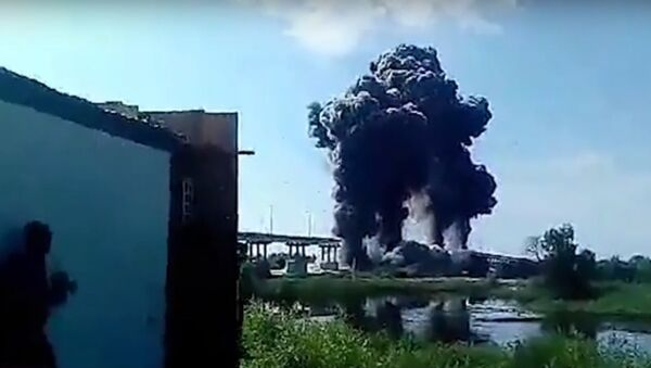 Выбух моста ў Жыткавічах - эксклюзіўнае відэа - Sputnik Беларусь