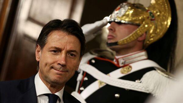 Адвокат Джузеппе Конте отказался возглавить правительство Италии - Sputnik Беларусь