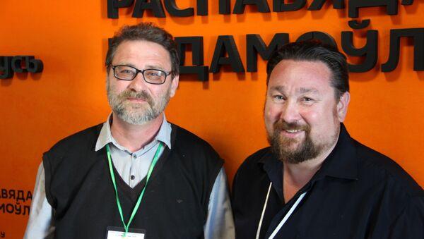 Писатели из Липецка Александр Пономарев и Андрей Новиков - Sputnik Беларусь