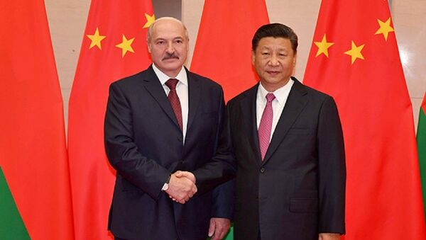Президент Беларуси Александр Лукашенко и председатель КНР Си Цзиньпин - Sputnik Беларусь