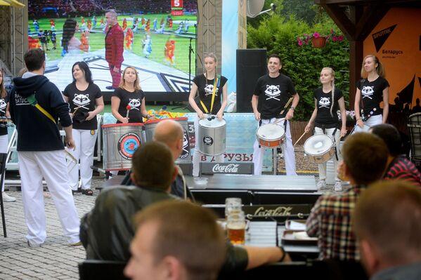 Sputnik Fan Zone в минском ресторане-пивоварне Друзья - Sputnik Беларусь