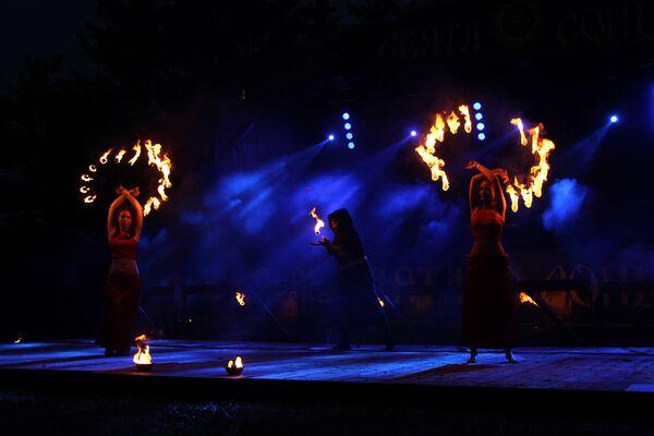 Магія агню суправаджае салярныя святы ва ўсім свеце - Sputnik Беларусь