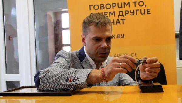 Год працы, нядосып і сакрэтныя тэхналогіі: як ювелір самалёт рабіў - Sputnik Беларусь