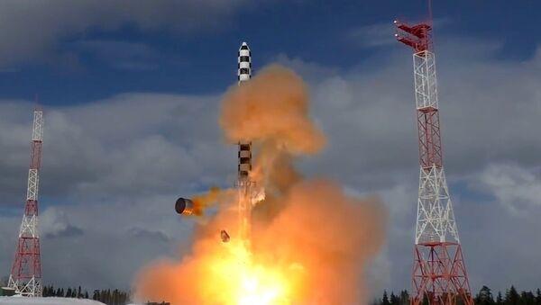 Запуск межконтинентальной баллистической ракеты Сармат - Sputnik Беларусь