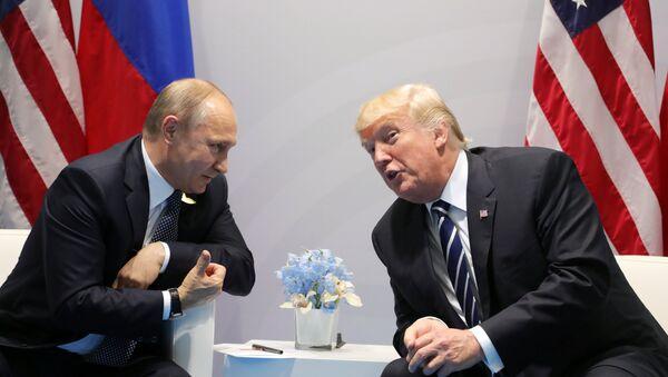 Прэзідэнт РФ Уладзімір Пуцін і прэзідэнт ЗША Дональд Трамп - Sputnik Беларусь