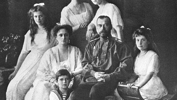 Цар Мікалай II з сям'ёй - Sputnik Беларусь