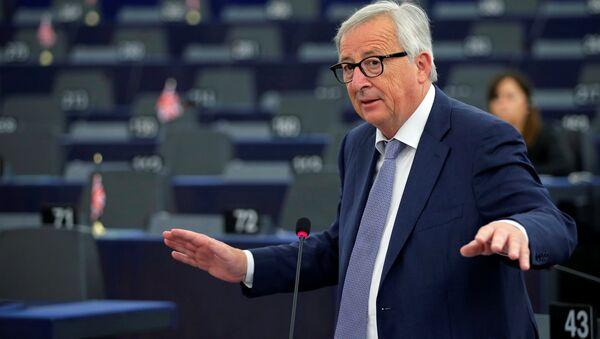 Председатель Европейской комиссии Жан-Клод Юнкер - Sputnik Беларусь