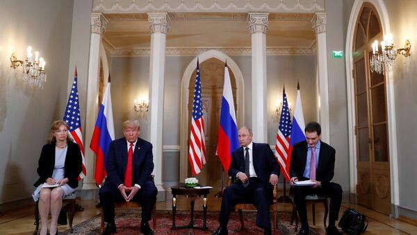 Встреча президента России Владимира Путина и главы США Дональда Трампа - Sputnik Беларусь
