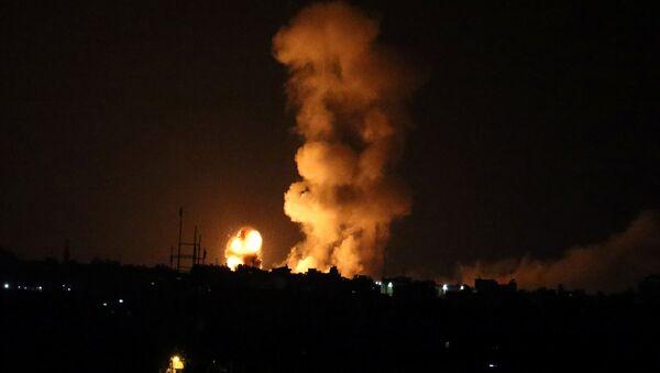 Израильские военные бомбили сектор Газа в ответ на убийство своего солдата - Sputnik Беларусь