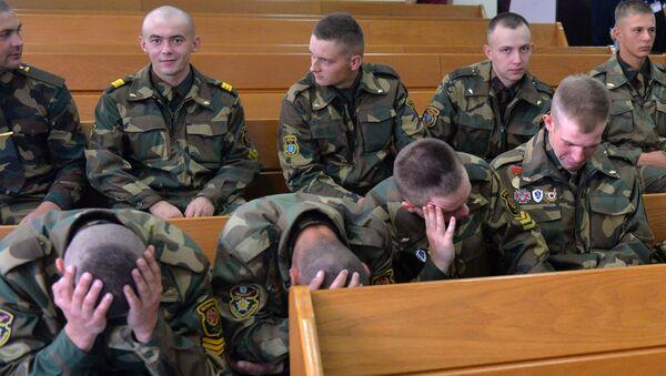 Солдаты дают противоречивые показания  в суде по делу Коржича - Sputnik Беларусь