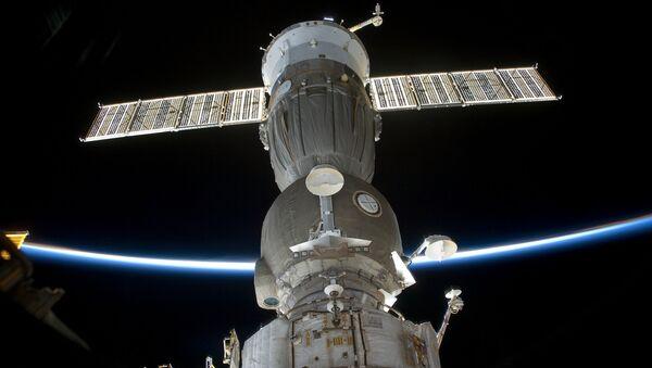 Корабль Союз, пристыкованный к МКС - Sputnik Беларусь