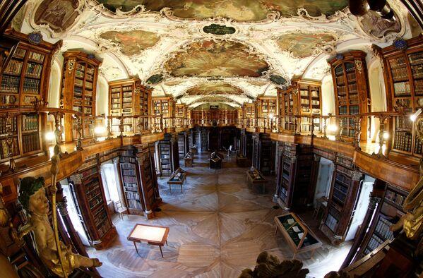 Бібліятэка манастыра Святога Гала - самая старажытная бібліятэка ў Швейцарыі. - Sputnik Беларусь