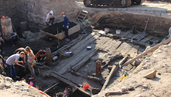 Сярэднявечны дом XIV стагоддзя знайшлі на раскопках Старога замка ў Гродне - Sputnik Беларусь