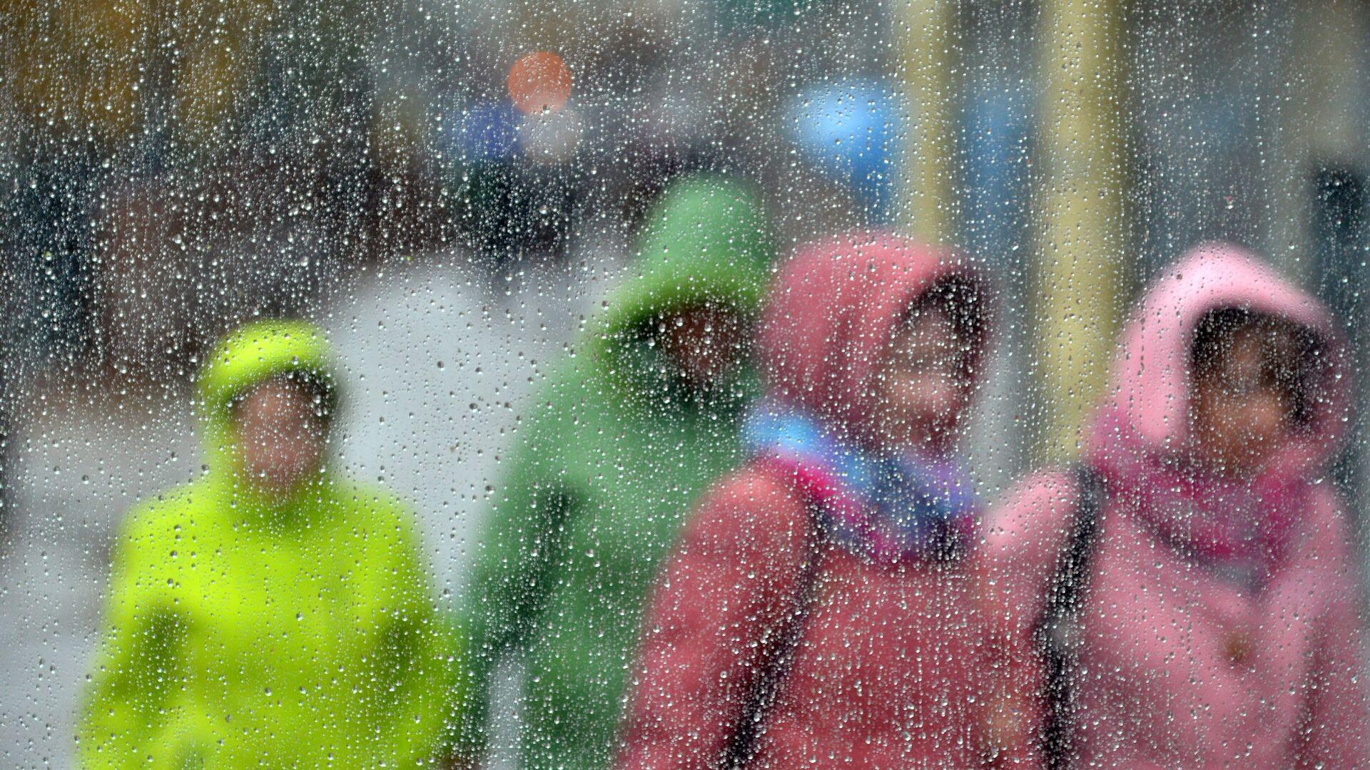 Дождь в Минске - Sputnik Беларусь, 1920, 23.09.2021