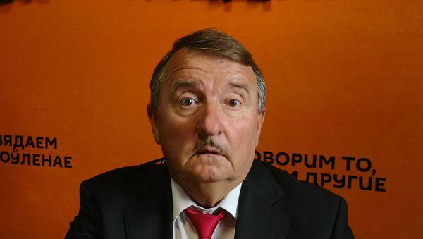 Крыжаноўскі: забарона продажу алкаголю ўначы дасць зарабіць таксістам - Sputnik Беларусь