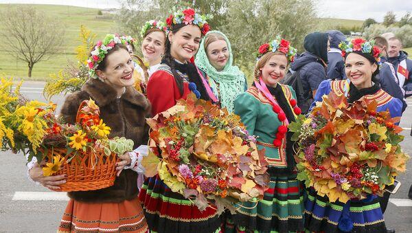 Беларускія прыгажуні на свяце - Sputnik Беларусь