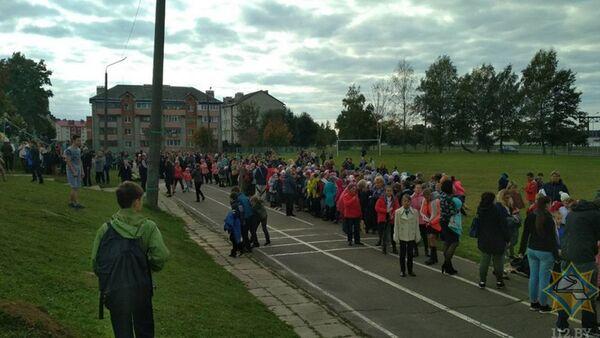 Эвакуированные дети - Sputnik Беларусь