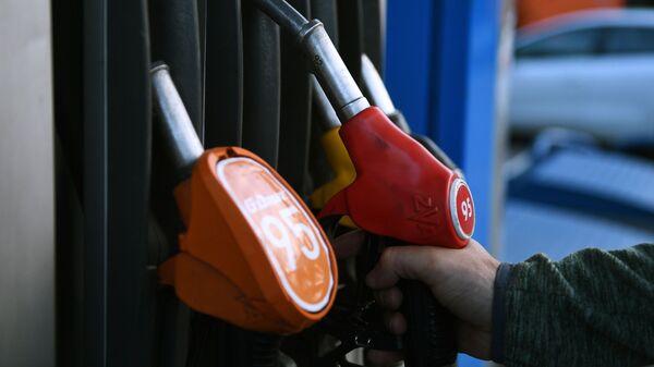 Повышение цен на бензин, архивное фото - Sputnik Беларусь