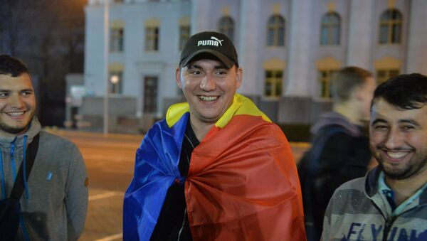 Драгош приехал из Кишинева на матч своей команды  - Sputnik Беларусь