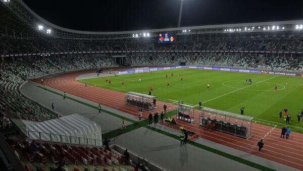 Команды провели разминку на стадионе  - Sputnik Беларусь