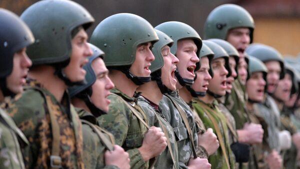 Мінабароны расказала, колькі кантрактнікаў служыць у войску - Sputnik Беларусь