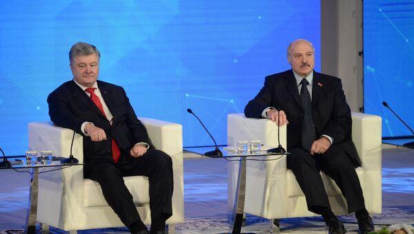 Петр Порошенко и Александр Лукашенко - Sputnik Беларусь