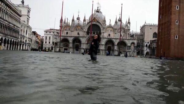 Высокая вада: Венецыя перажывае адну з самых моцных паводак - Sputnik Беларусь