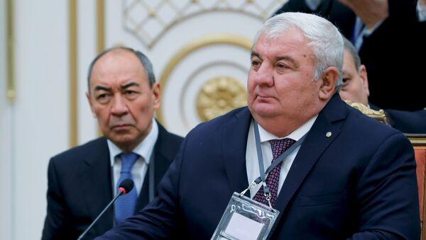 Генеральный секретарь Организации договора о коллективной безопасности (ОДКБ) Юрий Хачатуров (справа) - Sputnik Беларусь