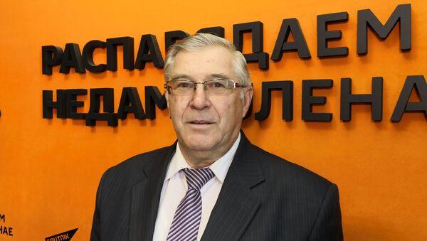 Атаманов: 7 ноября ― старые традиции и новый смысл красного дня календаря - Sputnik Беларусь