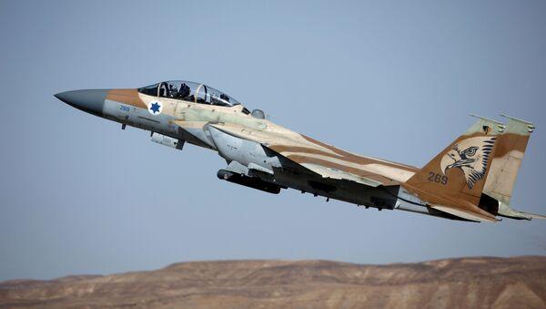 Истребитель F-15 израильских ВВС - Sputnik Беларусь