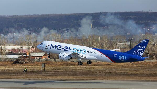 Самолет МС-21 совершил первый перелет из Иркутска в Жуковский - Sputnik Беларусь